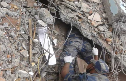 APF_Earth_Quake_Rescue_Kathmandu_210135934