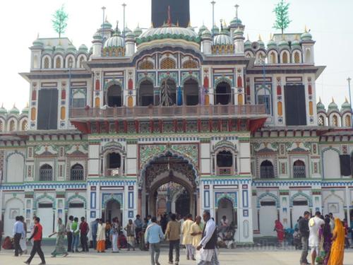 Janakpur-Janaki-temple