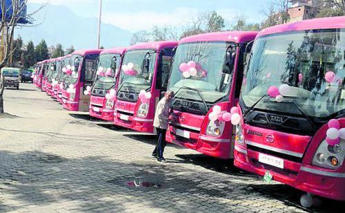 hi_tech_bus_in_Kathmandu_254582660